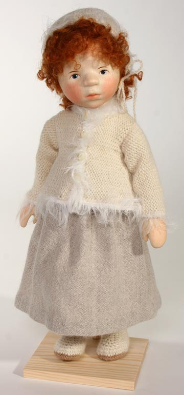 Red Mohair Girl In Cream Dress H283