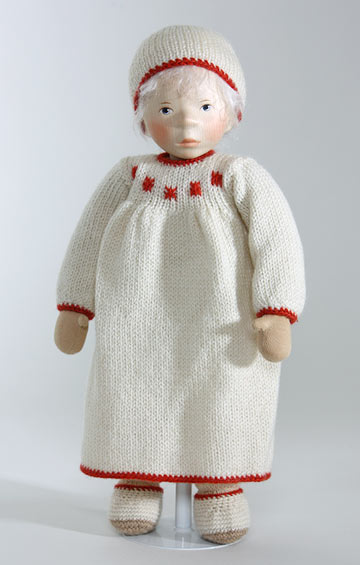 Girl In Cream With Red Trim, Cloth Body S353
