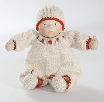 February 2009 Baby In Knit Outfit K353