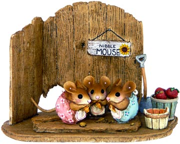 Nibble Mouse Triple NM-3
