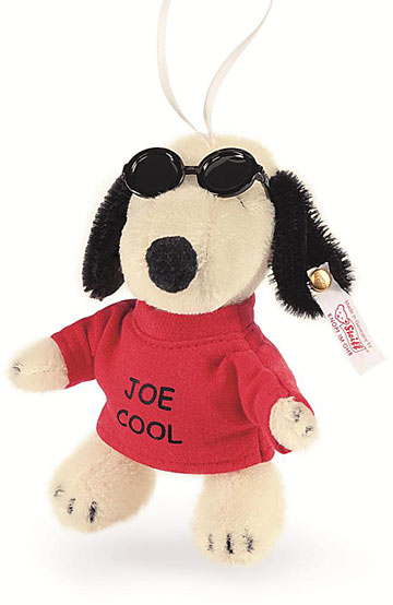 Snoopy, Joe Cool Ornament EAN 682377