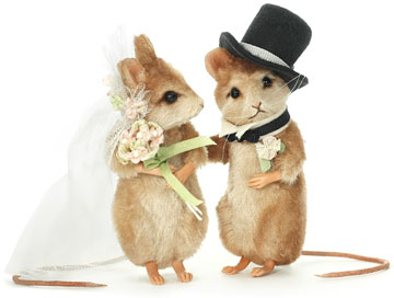 Forever Bride And Groom Mouse Set by R. John Wright