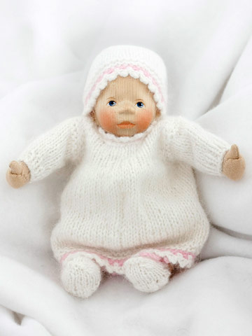 Baby In White Angora Knit K101