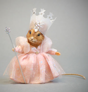 Glinda Mouse by R. John Wright