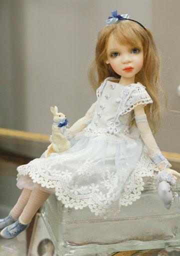 Zawieruszynski Dolls At The Toy Shoppe