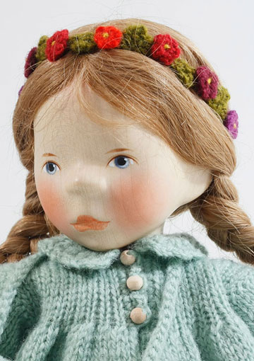 Girl In Green Knit, Soft Body S097 by Elisabeth Pongratz