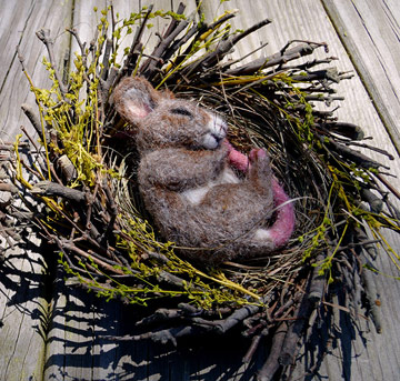 Spring Twig, Gray-Brown Nesting Mouse