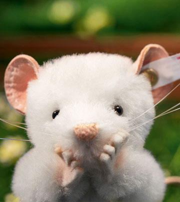 Lizzy Mouse, White EAN 021091 by Steiff