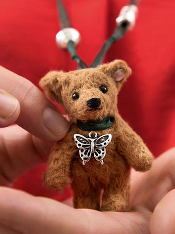 Little Bear Necklace EAN 605178 by Steiff