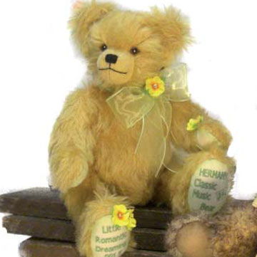 Little Romantic Dreaming Classic Music Bear 14303-9
