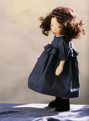 Brunette Girl In Dark Blue Polka Dot Dress H350 by Elisabeth Pongratz