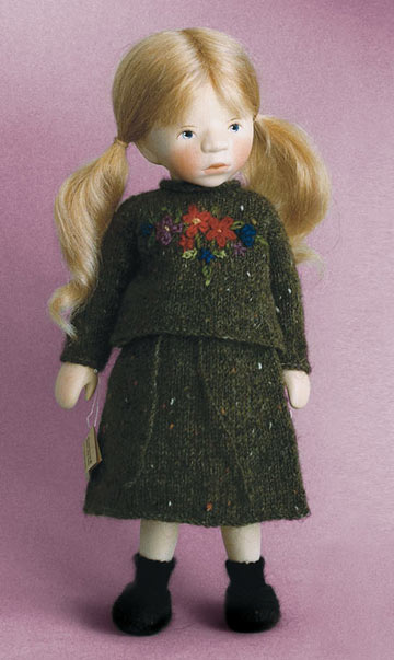 Blond Girl In Dark Green Knit H352