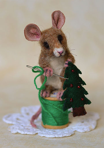 Evergreen Stitch Mouse