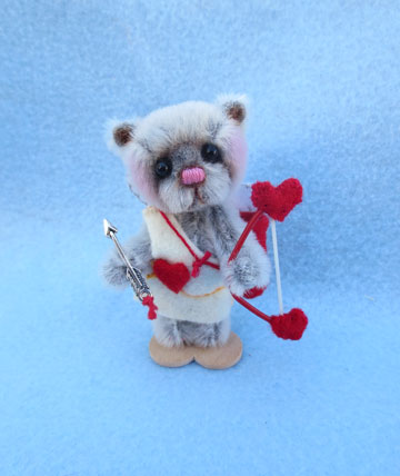 Cupid Bear
