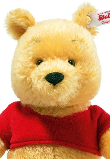 Miniature Pooh EAN 683411 by Steiff