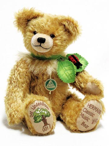 The Linden Tree Musical Bear 14302-2