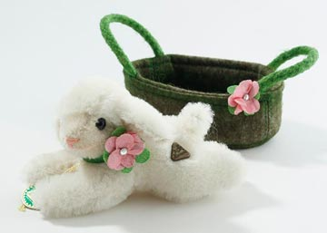 Molli Miniature Easter Lamb In Basket 22129-4 by Hermann-Spielwaren GmbH