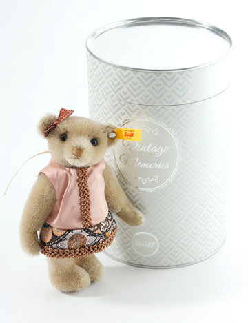 Vintage Memories, Tess Teddy Bear 026850