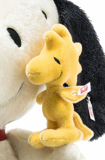 Snoopy With Woodstock 24 Inch EAN 658211 by Steiff