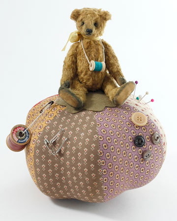 Rolls, Teddy Large Pincushion