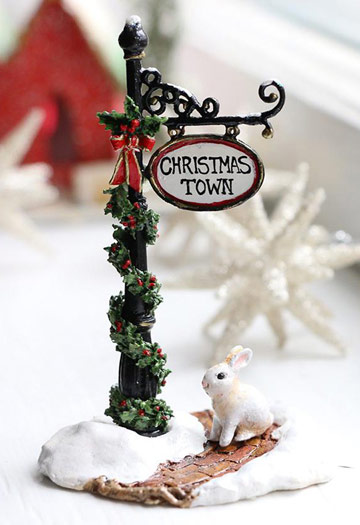 Christmas Town Sign Post A-49b