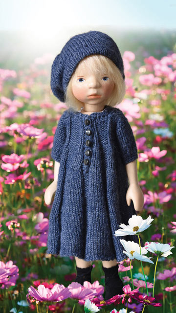 Girl In Blue-Gray Knit H358