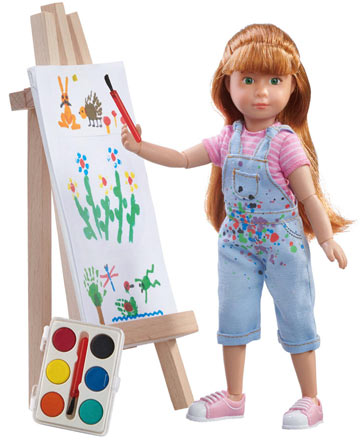 Chloe A Gifted Painter, Kruselings Doll