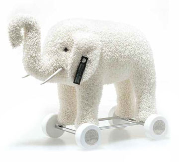 Margarete Steiff Elephant On Wheels Club Edition EAN 421600