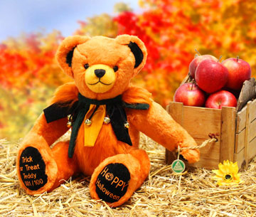 Trick Or Treat Teddy, 2019 Halloween Bear 19322-5 by Hermann-Spielwaren GmbH