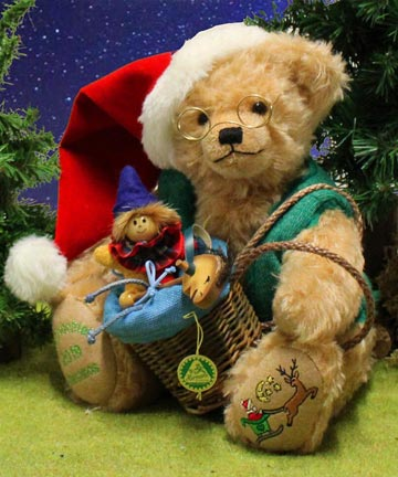 2019 Musical Christmas Bear 15220-8