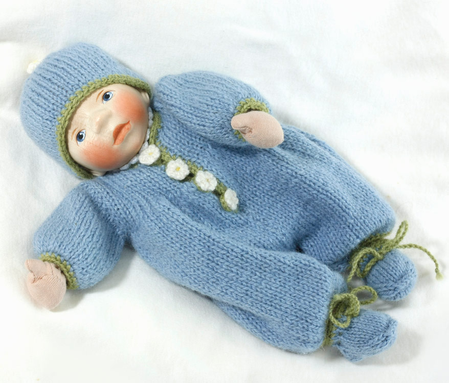 Baby In Blue And Green Knit M053 by Elisabeth Pongratz