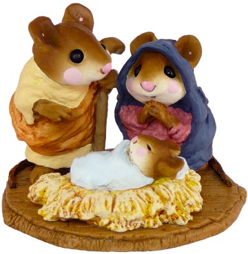 Chris-Mouse Pageant M-117 by Wee Forest Folk
