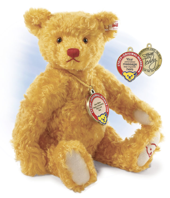 Teddy, The Commemorative Chest Tag Bear w/Personalized Medallion by Steiff