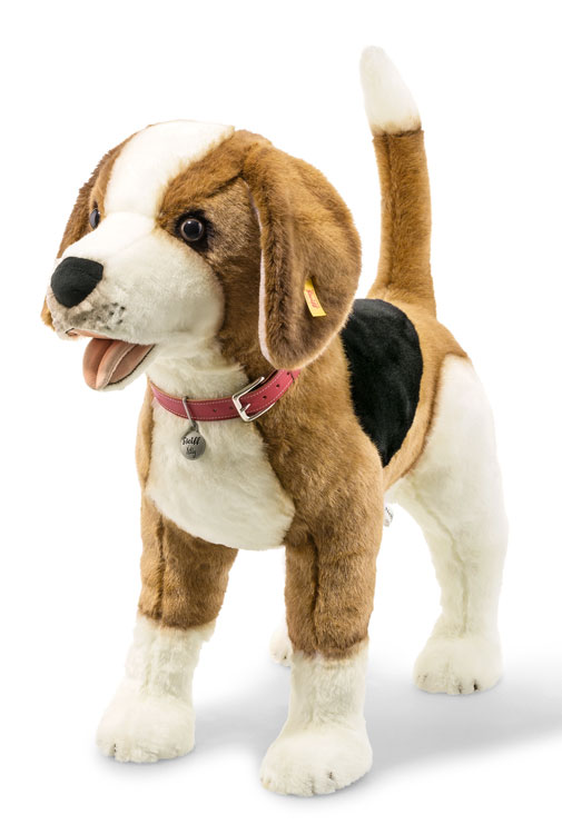 Studio Nelly The Beagle EAN 501043 by Steiff