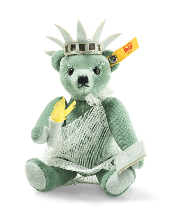 Great Escape New York Teddy In Gift Box 026874 by Steiff