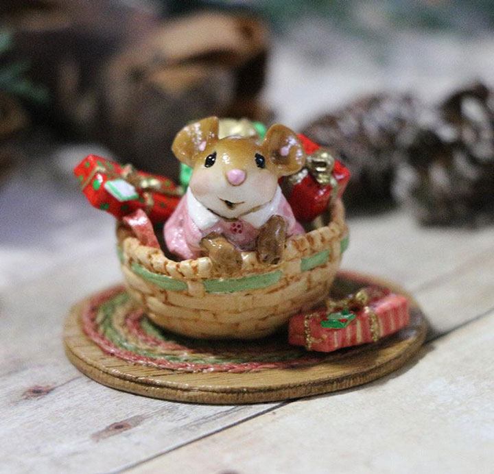 Christmas Pop Up Girl M-681a by Wee Forest Folk